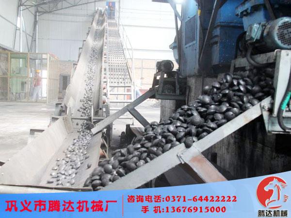 型煤压球机企业采用标准化设计和流程发展壮大型煤生产线